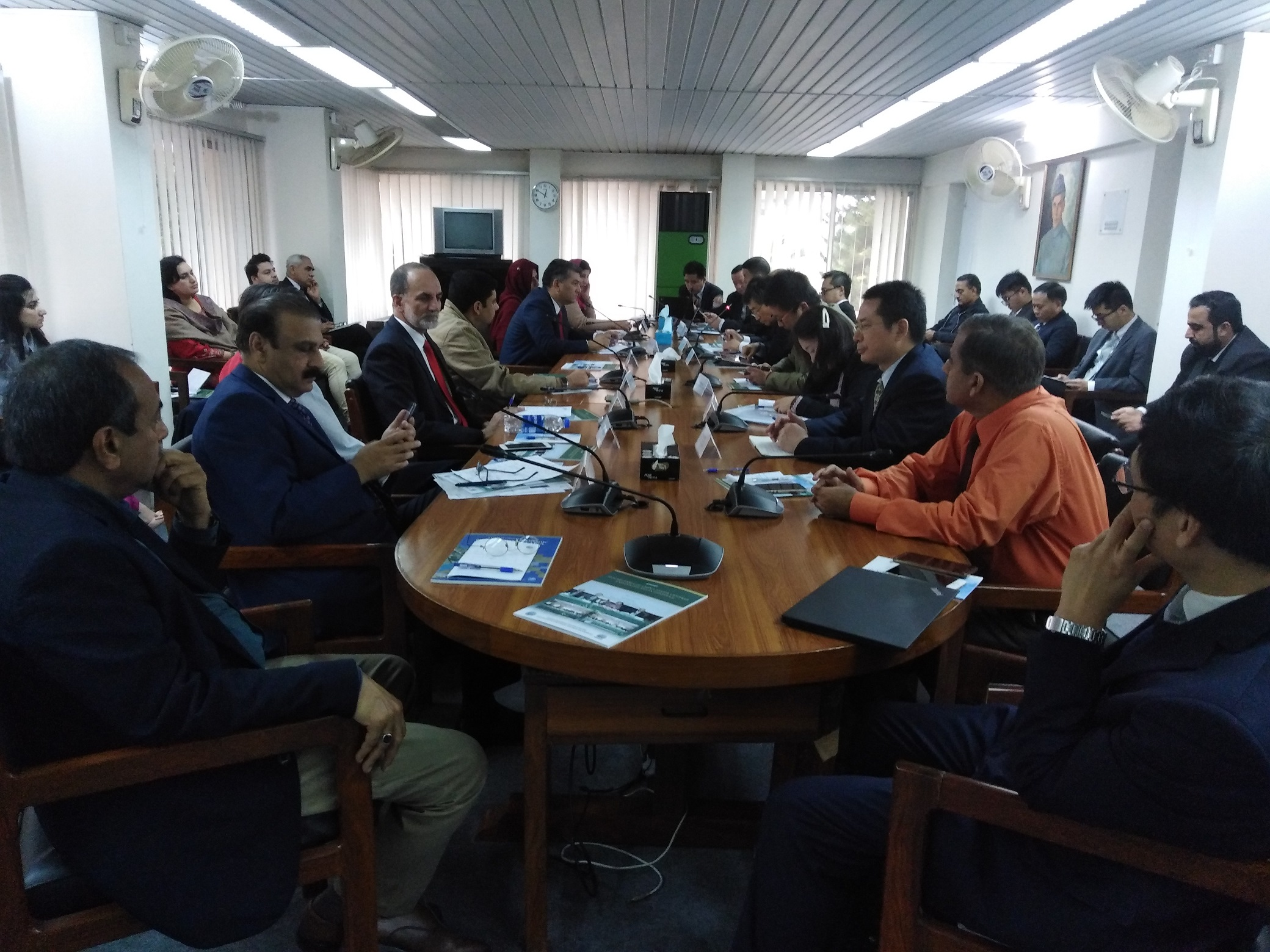 PROFESSOR DR ZAHID ANWAR REPRESENTED CHINA STUDY CENTRE AT THE INTERNATIONAL ROUND-TABLE AT ISSI, ISLAMABAD ON 21ST NOVEMBER 2019